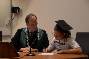 Ondertekening diploma-uitreiking Rotterdam Delfshaven
